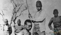 """تعرّف على """"فظائع الاحتلال الياباني"""" من بينها مسابقة قطع 100 رقبة !!"""