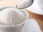 اختصاصية: عدد ملاعق السكر اليومية للرجال يختلف عن النساء وهذا ما يناسب كلاً منهما