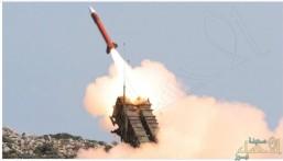 قوات الدفاع الجوي تعترض صاروخاً باليستياً بإتجاه جازان