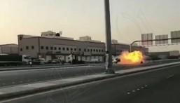 شاهد.. حادث مرعب يشعل النار ويلقى بمحرك السيارة للخارج !!