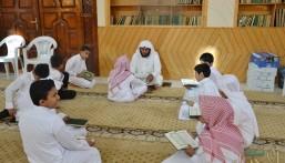 بالصور.. ١٥٣ طالبًا في انطلاق الدورة القرآنية ١٥ بجامع المقهوي