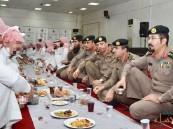 """بالصور.. سجون المنطقة الشرقية بالتعاون مع """"بصيرة"""" تقيم إفطار جماعي للنزلاء"""
