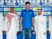 """رئيس هيئة الرياضة يدعم """"الفتح"""" بالمدافع الجزائري """"نعماني"""" لموسمين"""
