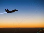 طيران التحالف يستهدف اجتماعًا حوثيًّا غرب صرواح