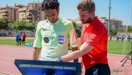 حكام كرة القدم يبدؤون تدريباتهم على تقنية حكم الفيديو المساعد