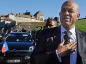 احتجاجات رفع أسعار الوقود تقيل رئيس وزراء
