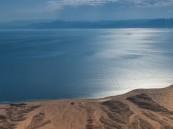 """شاهد .. صور خلابة لشواطئ """"نيوم"""" يتناقلها السعوديون: ولي العهد يحوّل الحلم إلى واقع"""
