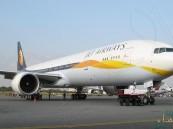 بالفيديو … إشتعال محركات طائرة أثناء إقلاعها من مطار الملك خالد بالرياض