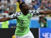 النصر يعلن موعد وصول محترفه النيجيري أحمد موسى