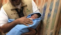 """ولادة أول طفل بمستشفى منى.. ووالده يسميه """"سلمان"""""""