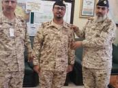 """رئيس """"هيئة العمليات"""" بالحرس الوطني يقلد """"الرزيق"""" رتبته الجديدة"""