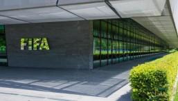 فيفا يحظر 3 مسؤولين بسبب الفساد وغسل الأموال