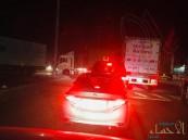 """شاهد… الشاحنات تتربص بسالكي طريق """"خريص – الأحساء"""" !!"""