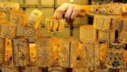 انخفاض سعر الذهب في المعاملات الفورية