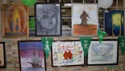 بالصور.. معرض فني تشكيلي لنزلاء سجن الأحساء العام