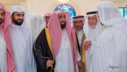 """بالصور… رئيس """"ديوان المظالم"""" يزور مجلس أسرة """"آل هاشم"""" بالأحساء"""