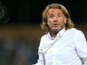 النصر يعلن إقالة مدربه الأوروغوياني كارينيو