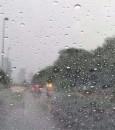 الأرصاد: استمرار هطول الأمطار على هذه المناطق مُرفق برياح نشطة