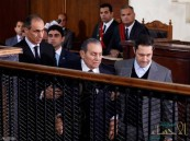 لأول مرة.. مبارك ومرسي وجها لوجه في محكمة مصرية !!