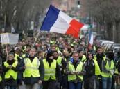 """آلاف """"السترات الصفراء"""" تهدد ليلة الشانزلزيه.. وذعر في فرنسا"""