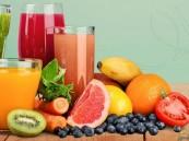 ما هو الأكثر فائدة للصحة.. شرب العصائر أم تناول الفاكهة؟