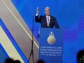 """""""رئيس الفيفا"""" يبحث الاستعانة ببعض الدول المجاورة لإقامة مونديال 2022"""