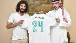 حسين عبدالغني أهلاوياً حتى نهاية الموسم