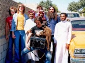 """في 21 صورة .. شاهد زيارة فريق """"STARBUCK"""" الغنائي للأحساء قبل 40 عامًا !!"""