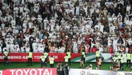 """الإمارات تكسر قاعدة المنتخبات العربية وتتأهل لدور الثمانية في """"كأس آسيا"""""""