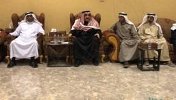 """سمو الأمير """"عبدالعزيز بن سعد"""" يُعزي أسرة """"السويلم"""""""