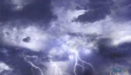 سحب رعدية ورياح متربة على 6 مناطق بالسعودية.. الأحد