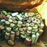 سابقة في الجرم .. الحوثي يفخخ مخازن الغذاء
