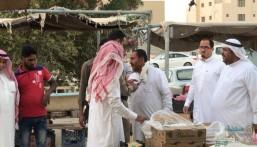 """بالصور… 4 جهات تشارك بحملة موسعة على """"المخالفين"""" بسوق الخضار في الصالحية"""