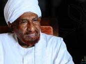 الصادق المهدي: العسكري السوداني سيسلم السلطة للمدنيين
