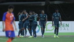 بالفيديو .. الأهلي يفوز على الفيحاء بهدفين في مباراة مؤجلة من الجولة الـ24
