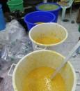 """بالصور.. أمانة الأحساء تُصادر وتُتلف  """"33 طن"""" خضار فاسد"""