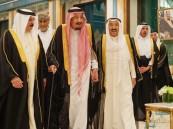 خادم الحرمين الشريفين يستقبل قادة الدول العربية المشاركين في القمة الطارئة