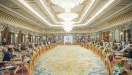 القادة العرب في القمة الطارئة: أمن دول الخليج ركيزة أساسية لاستقرار المنطقة.