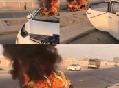 انشطرت سيارته لنصفين!! .. فيديو صادم لحادث مروع في الأحساء راح ضحيته مواطن!!