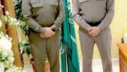 """مدير """"شرطة الدمام"""" يُقلّد """"الهزيم"""" رتبته الجديدة"""