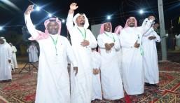 """شاهد .. تكريم أسر شهداء الواجب يُميز فعاليات حفل أهالي """"الرقيقة"""" بالأحساء"""