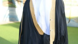 السباح أحمد الهاشم يدخل القفص الذهبي