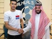 """الهلال يمدد عقد """"المفرج"""" حتى 2024.. ويوقع مع """"الغامدي"""" و """"جاري"""""""