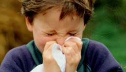 بهذه الطريقة… نستطيع مكافحة أعراض الزكام