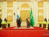 بحضور خادم الحرمين .. توقيع 20 اتفاقية بين الجانبين السعودي والروسي