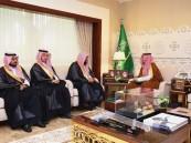 سمو نائب أمير الشرقية يلتقي مديري تعليم الأحساء المكلف والسابق