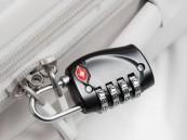 وجود الأقفال على حقائبك قد يعرضها للسرقة