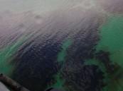 بالصور… تسريب نفطي إيراني في مياه الخليج العربي