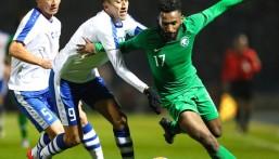"""بفوزه على أوزبكستان .. """"الأخضر"""" يتصدر المجموعة الرابعة بالتصفيات الآسيوية"""