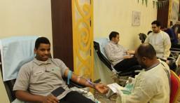 """200 متبرعاً بالدم من تقنية الأحساء في حملة """"إعادة أمل"""" بالتعاون مع الصحة"""